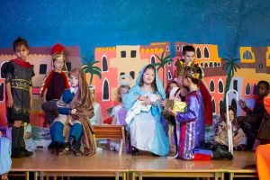 Wise men visit the stable