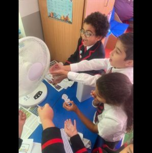 Y2 investigating how the change in the climate is affecting the environment